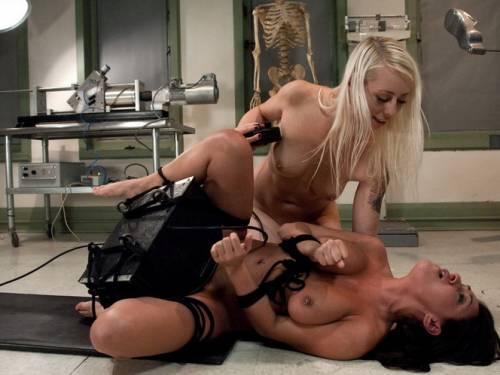 russian women whipped